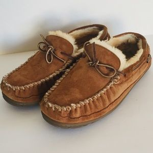 L.L. Bean Leather Shearling Moccasin Shoes 11